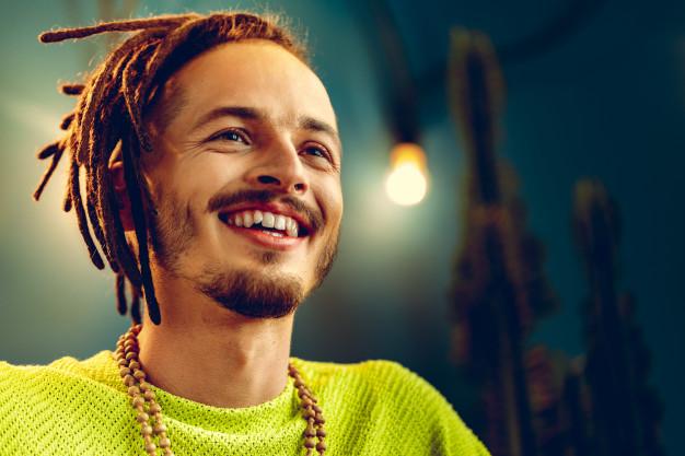 Quelles sont les racines musicales du reggae ?